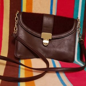 Stylish cross body